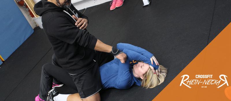 Self Defense Technik zur Selbstverteidigung
